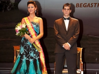 8326-gala-coronacion-2009