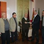 El Ayuntamiento entrega a la Junta Central de Cofradías de Semana Santa una subvención de 13.000 euros