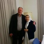Alcalde con monja